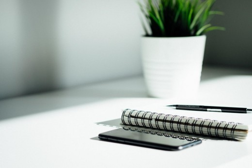 10 Steps for Building an International Brand notepad