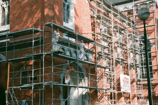 9 Safety Tips to Follow During House Renovation