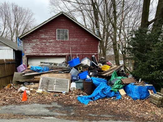 How junk removal benefits environment